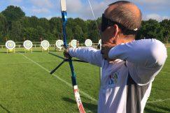Michel Lebesnerais, adhérent UNADEV champion de tir à l'arc