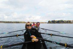 Pratique de l'aviron pour des bénéficiaires UNADEV en région Auvergne-Rhône-Alpes