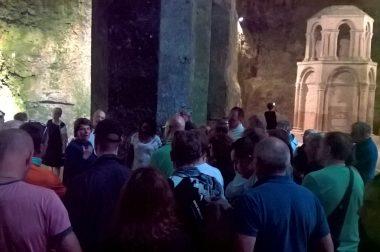 Visite de l'église souterraine d'Aubeterre-sur-Dronne