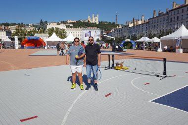 Deux joueurs de blind tennis