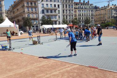 Démonstration de blind tennis par l'UNADEV