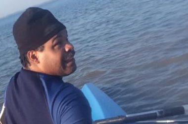 Marc sur l'aviron