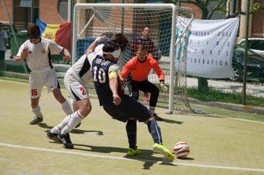 Joueur en action, équipe de Cécifoot Girondins de Bordeaux