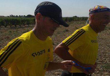 Michel et son guide Xavier courent un marathon