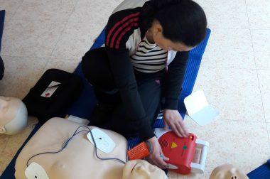 Mise en place du défibrillateur