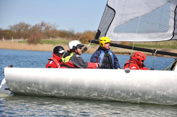 4 navigateurs déficients visuels sur un voilier
