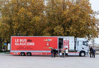 Le Bus du Glaucome de l'UNADEV à Bordeaux en juin 2019