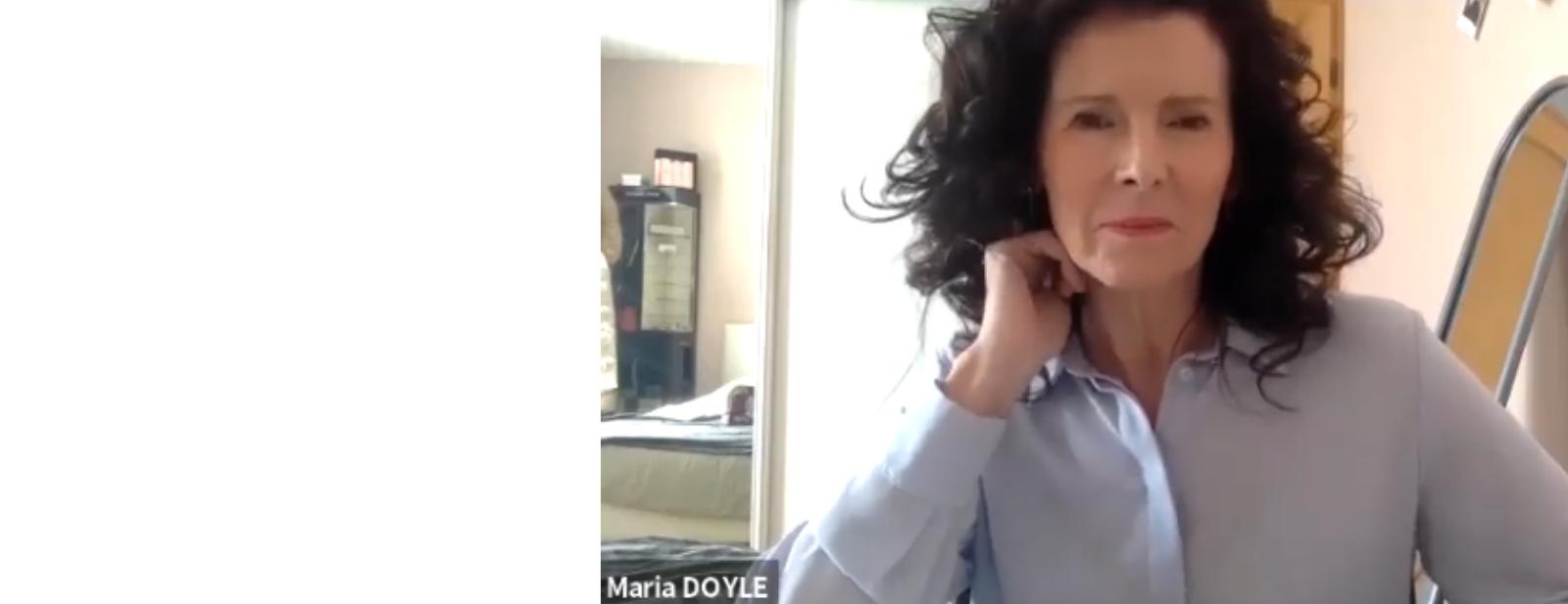 Capture d'écran de Maria Doyle pendant le direct avec l'UNADEV sur You Tube